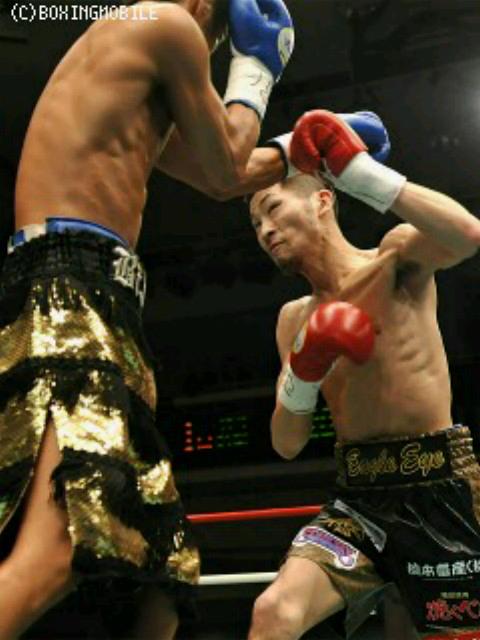 バンタム級トップ戦線…  次のチャンピオンは岩佐(^^)