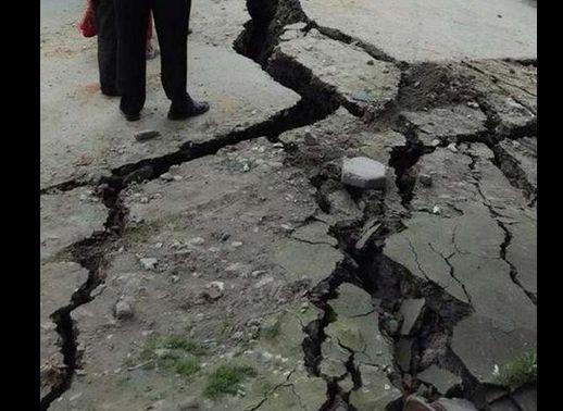 ネパール首都近くでM7.9の大地震…エベレストで雪崩も発生
