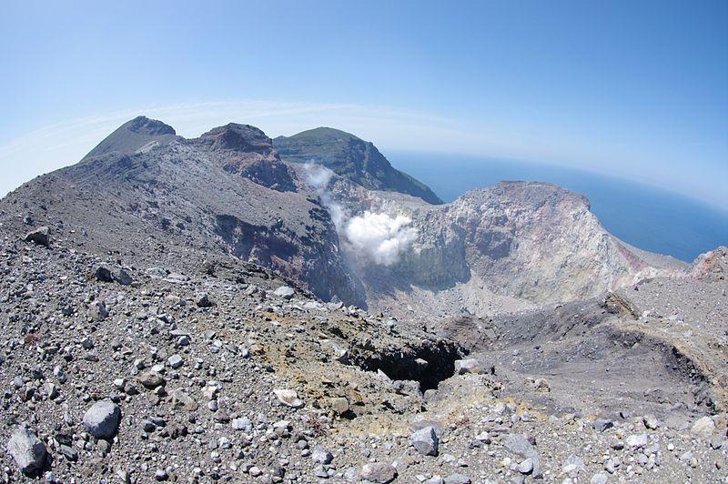 【活発化】鹿児島・口永良部島で「火山性地震」が増加…2015年の噴火が起きた以降で初めて「50回を超える65回」を観測