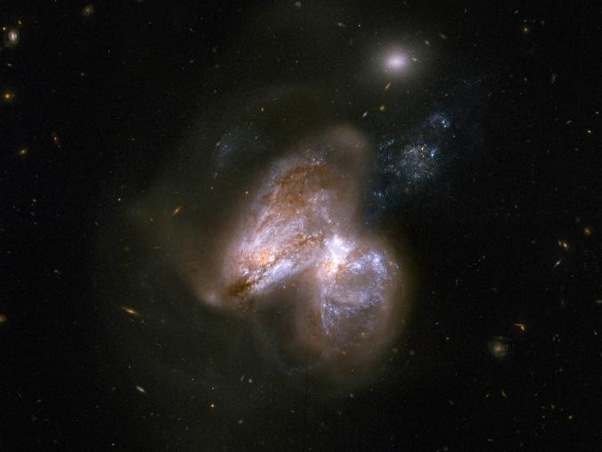 21年後に2つの巨大ブラックホールどうしが衝突する!
