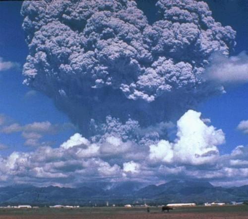 【日本滅亡】噴火したら被害想定が「1億人」の鬼界カルデラが活動はじめたとか、もう終わりやろこれ