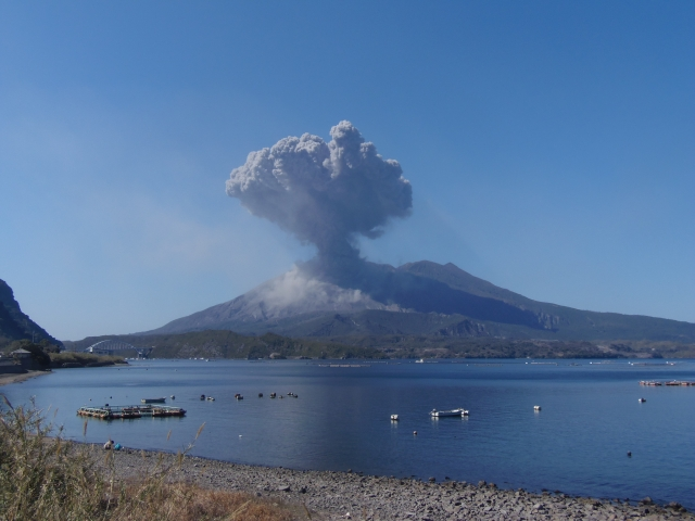 【桜島】爆発的噴火、1日で26回を記録…過去最多の巨大地震前「2011年2月12日の21回」を上回る