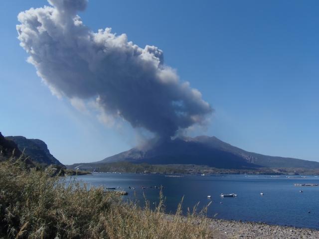 27日桜島の爆発的噴火、1日で31回と史上最多を観測…昨日の26回をさらに上回る