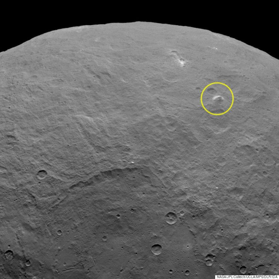 NASA「準惑星ケレスに高さ5000mのピラミッドがあった」正体はわからない