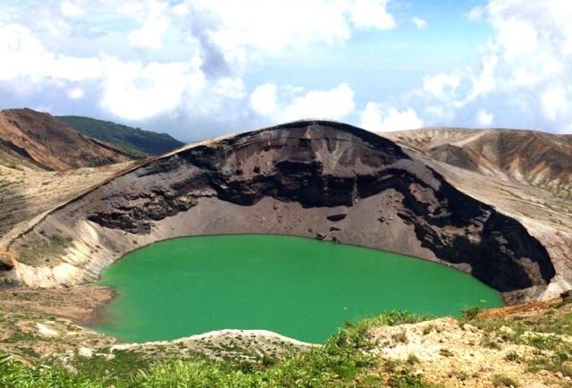 【宮城・山形】蔵王山で火山性微動が「20分間」観測される