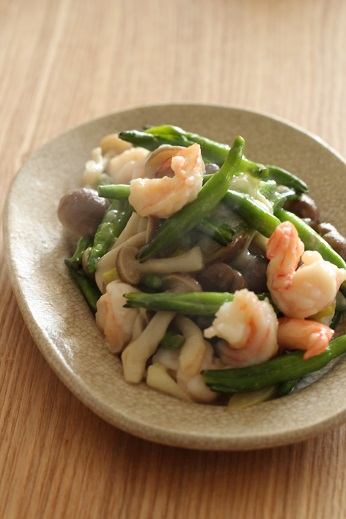 金針菜とエビの炒め物