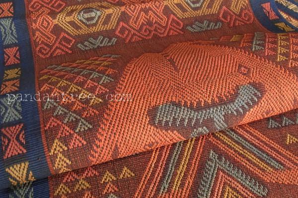 スンバ島の織物3