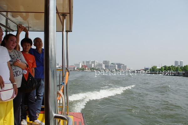 バンコクの船2