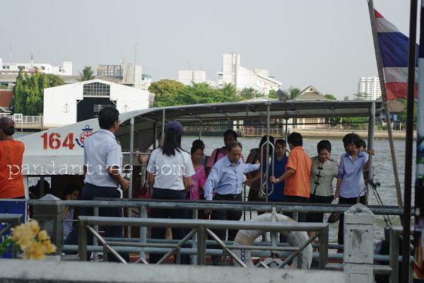 バンコクの船着き場2