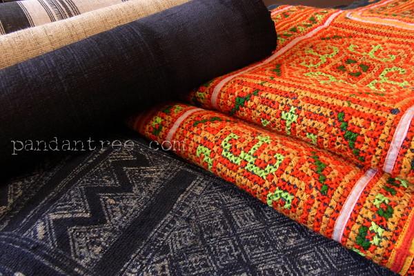 モン族の織物