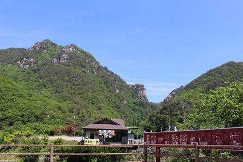 新緑の昇仙峡を歩く