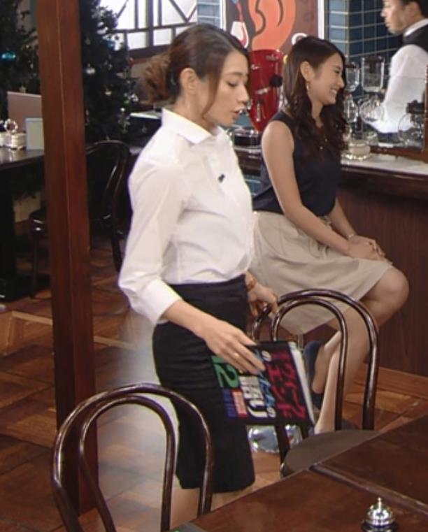眞鍋かをり タイトスカートがエロいキャプ画像(エロ・アイコラ画像)