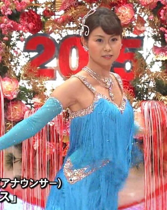 山中章子 太ももキャプ・エロ画像3