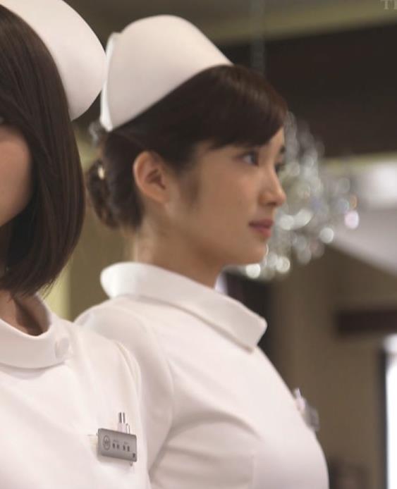 高梨臨 おっぱいパッツンナース服キャプ画像(エロ・アイコラ画像)