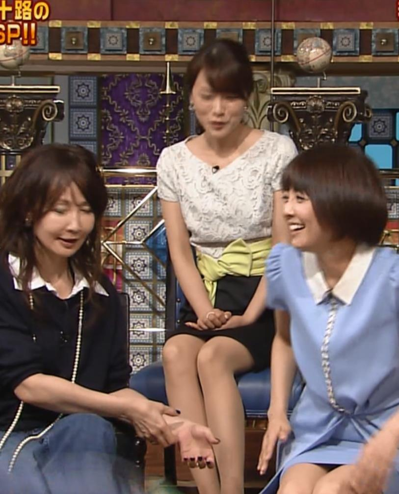本田朋子 美脚キャプ・エロ画像6