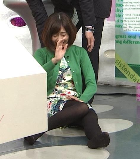 山崎夕貴 ストッキングキャプ・エロ画像4