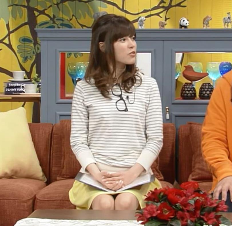 神田愛花 ミニスカのデルタゾーンキャプ画像(エロ・アイコラ画像)