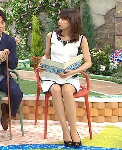 加藤綾子 ノースリーブミニスカワンピの▼ゾーン (おーい!ひろいき村 20150621)