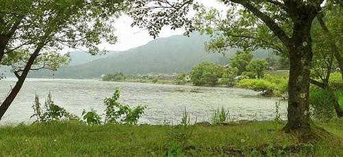 神秘の湖 余呉湖