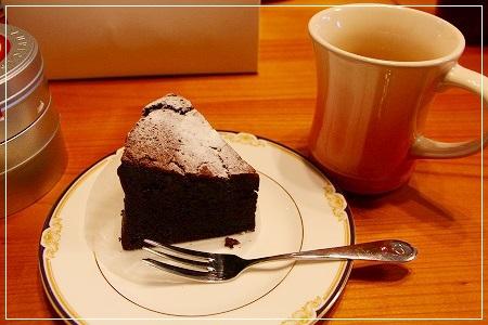 ケーキは1個ですよ