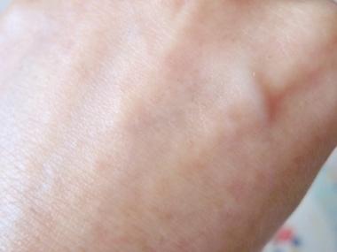 皮膚科医が開発!シワ、たるみ、毛穴、くすみに!美容乳液ゲル【アンプルール ラグジュアリーホワイトエマルジョンゲルEX】