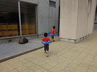 H270624-1.jpg