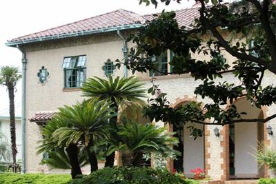 スモークツリーの咲くベーリックホール